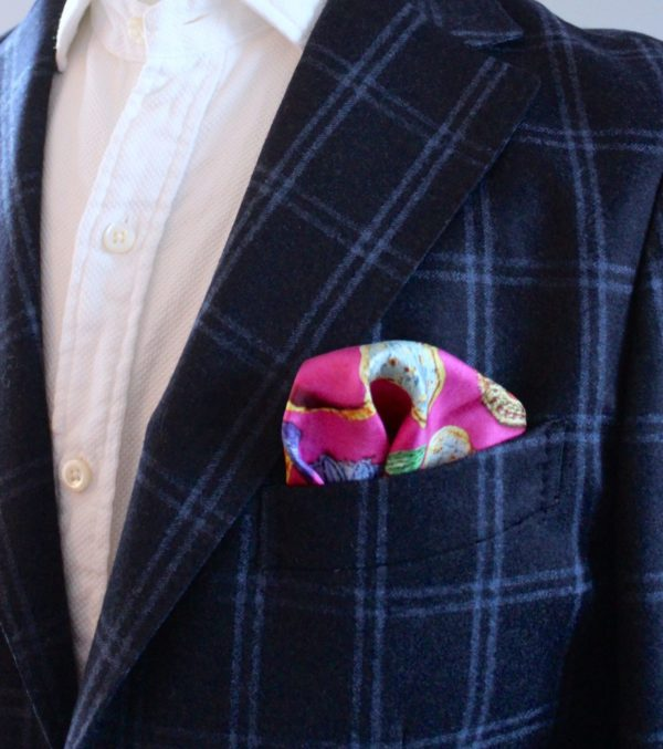 charlotte_olsson_art_design_pattern_swedishart_champagne_recyclingart_silk_exclusive_original_pocketsquare_näsduk_colorful_style_gentlemen_inspiration